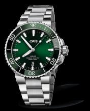 Aquis Date 43 Stainless Steel / Green / Bracelet
